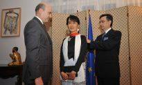 Burma Promised Rewards for Reform