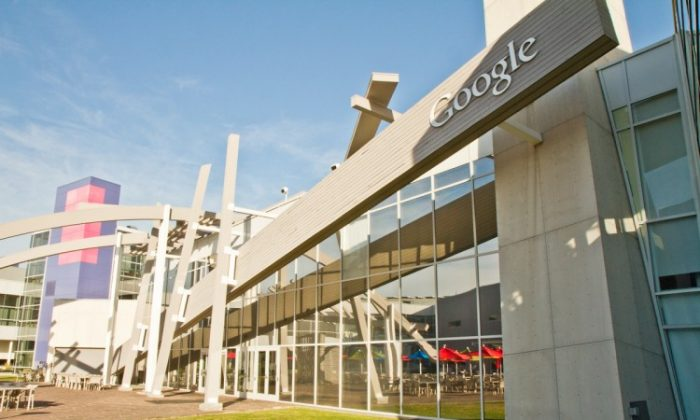 Google Headquarters at 1600 Amphitheatre Parkway in Mountain View, California. Google and Oracle will be going to court Monday, April 16 over the use of Java in the Android operating system. (Jan Jekielek/The Epoch Times)