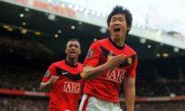 Chelsea Slip Up, Manchester United Take Top Spot