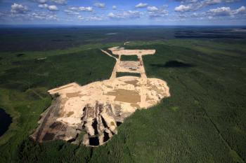 Petropolis: Aerial Perspectives on the Alberta Tar Sands offers an unparalleled view of the world's largest industrial, capital and energy project. (Greenpeace/John Woods)