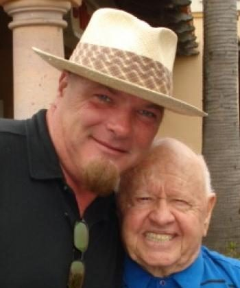 Actor and entertainer Mickey Rooney (R) poses with first-time director Joe Shaughnessy. (Masha Savitz/ The Epoch Times)