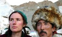 Exodus of Tibetan Children—Maria Blumencron: 'Goodbye, Tibet'