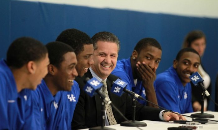 Kentucky players (along with their coach) from left to right Anthony Davis, Doron Lamb, Terrence Jones, Coach John Calipari, Michael Kidd-Gilchrist, and Marquis Teague announce their intentions to enter the NBA Draft. (Andy Lyons/Getty Images)