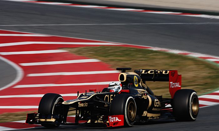 Kimi Raikkonen of Lotus drives during Formula One winter testing at the Circuit de Catalunya in Barcelona, Spain.(Mark Thompson/Getty Images)