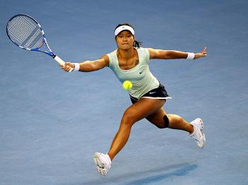 Li Na ran hard and hit harder, but lost focus halfway through the match. (Clive Brunskill/Getty Images)