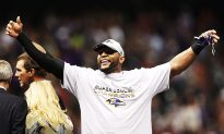 Super Bowl XLVII: Flacco's Baltimore Ravens Hold Off San Francisco 49ers Surge
