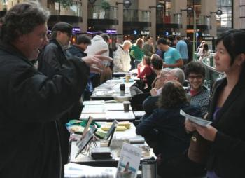 MEDIA DEMOCRACY: Crowds gather at various booths during Media Democracy Day 2008 at the Vancouver Public Library on Saturday. (Andrea Hayley/The Epoch Times)
