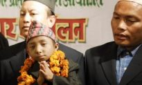 World's Smallest Man Wants His Title