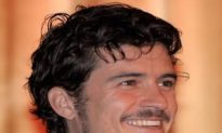 Orlando Bloom engaged