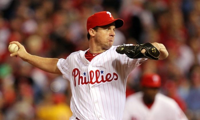 Roy Oswalt has pitched in the National League his whole career (11 years) until now. (Al Bello/Getty Images)