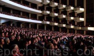 Shen Yun Lights Up the NAC in Ottawa