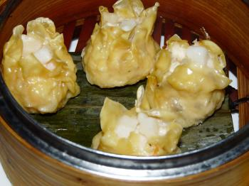 Soft and tasty sea food dumplings (Nadia Ghattas/The Epoch Times)