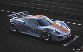 The new Porsche 918 RSR is similarly outside the rules; it is an experimental racing laboratory for Porsche engineers to test their ideas for combining alternative power, fuel efficiency, and high performance. (Courtesy of NetCarShow.com)