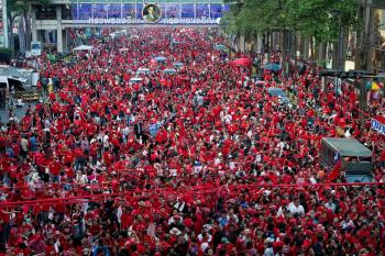 Thousands of red-shirt anti-government protesters rally at Ratchaprasong intersection in Bangkok on Jan. 9.  (Nicolas Asfouri/Getty Images)
