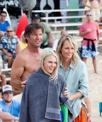 SURFING CLAN: (L-R) Dennis Quaid, AnnaSophia Robb, and Helen Hunt in 'Soul Surfer.'  (Mario Perez/FilmDistrict/TriStar)