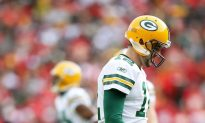 Packers Undefeated Season Ended by Chiefs