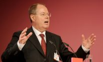 Former Finance Minister To Challenge Merkel in Upcoming Election