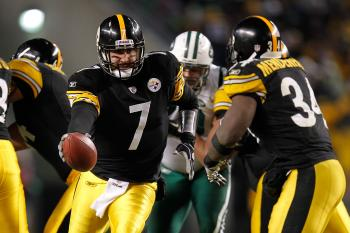 Pittsburgh quarterback Ben Roethlisberger's biggest weapon against the New York Jets was Rashard Mendenhall and the running game. (Gregory Shamus/Getty Images)