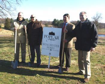 POPLAR RUN: Groundbreaking ceremony in Silver Spring, Maryland on Nov. 19. (Terri Wu/Epoch Times)