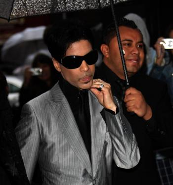 Prince foreclosure: The artist formerly known as Prince arrives at the 2007 The Bourne Ultimatum UK film premiere at the Odeon Leicester Square. (Mj Kim/Getty Images)