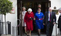 Queen Elizabeth II Leaves Hospital After Stomach Flu