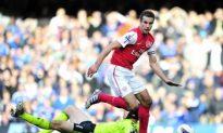Van Persie Hat Trick Powers Arsenal Past Chelsea