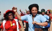 South African Public Servants Strike En Masse
