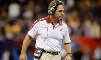 Alabama Inks Top Class on Signing Day