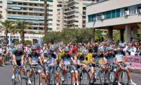 Giro d'Italia Teams Ride Stage Four Slowly as Tribute to Wouter Weylandt