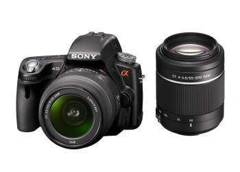 INNOVATION: The Sony Alpha SLT-A33 digital camera features Sony's Single Lens Translucent (STL) technology, replacing the mirror in professional DSLR cameras. (Courtesy of Sony)