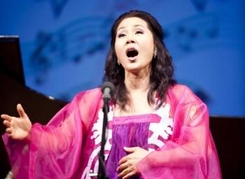 Soprano Jin Shi Wu (Dai Bing/The Epoch Times)