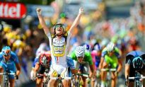 Cavendish Back on Top in 2010 Tour de France Stage Five