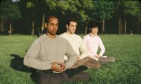 Meditation Helps At-Risk Teens Stay Healthy