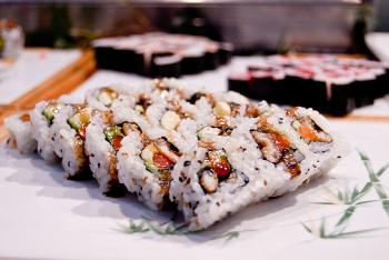 One of the cooked sushi options rests on a Japanese tile at Ichi Umi. The restaurant has several cooked sushi options. (Joshua Philipp/The Epoch Times)