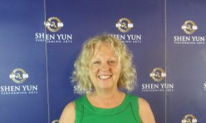 Psychologist Says Shen Yun 'Very Uplifting Show'