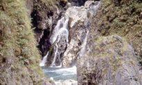 Traveling Taiwan Through Taroko National Park