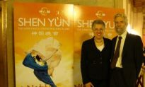 Chicago Alderwoman Likes Shen Yun's Folk Tales