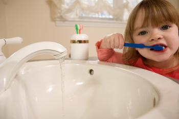 TOOTHBRUSHING: What are you brushing your teeth with? (Photos.com)