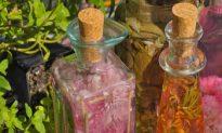 Herbal Vinegars, Decorative and Delicious