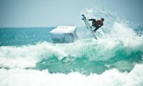 U.S. Open of Surfing at its Peak