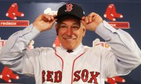 Valentine Introduced as Red Sox Manager