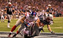 Super Bowl XLVI: Patriots Take Lead Over Giants Just Before Halftime