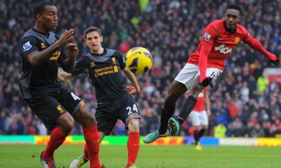 Manchester United Hang On for Victory Over Liverpool