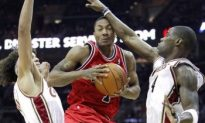 Jamison-led Cavs Eliminate Bulls in Five