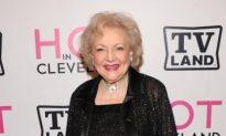 Betty White Reminisces on 'Golden Girls' Years, Isn't Retiring Soon