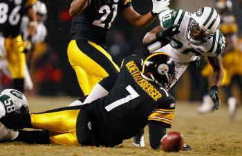 The New York Jets need to get to Pittsburgh quarterback Ben Roethlisberger and prevent him from rolling out of the pocket. (Jared Wickerham/Getty Images)