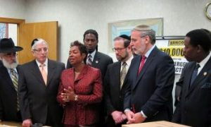 Brooklyn Jewish and Haitian Community Leaders Meet to Aid Local Haitians