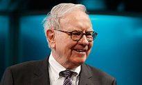Buffett's Berkshire Hathaway Reports First Loss Since 2001