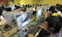 Chinese Regime Tightens Grip on Great Firewall