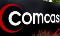 Comcast Gives Grant to Multicultural Community Center